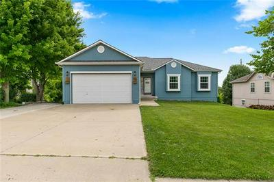 605 DERBY ST, Raymore, MO 64083 - Photo 1