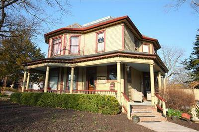 908 WASHINGTON ST, Weston, MO 64098 - Photo 2