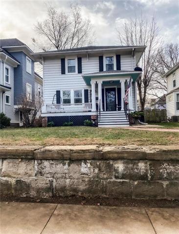 1609 FRANKLIN AVE, Lexington, MO 64067 - Photo 1