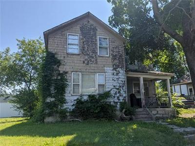 1432 MABLE ST, Trenton             , MO 64683 - Photo 1