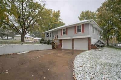16600 E 40TH ST S, Independence, MO 64055 - Photo 2