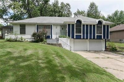 11915 SMALLEY AVE, Grandview, MO 64030 - Photo 1