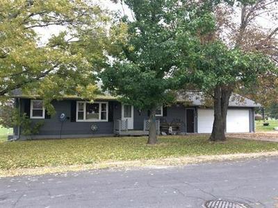 2700 MEADOWLARK LN, Trenton             , MO 64683 - Photo 2