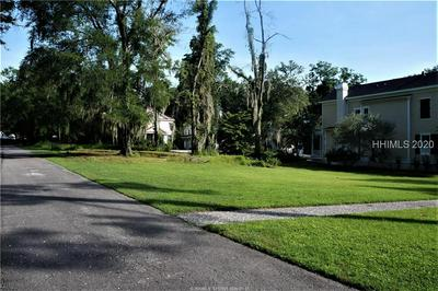 2 WRIGHTS POINT LN, Beaufort, SC 29902 - Photo 2