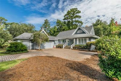 562 ISLAND CIR E, Saint Helena Island, SC 29920 - Photo 2