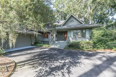 654 ISLAND CIR E, Saint Helena Island, SC 29920 - Photo 2