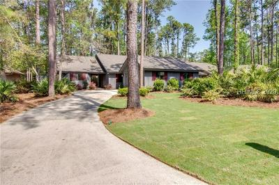 33 HONEY LOCUST CIR, HILTON HEAD ISLAND, SC 29926 - Photo 1