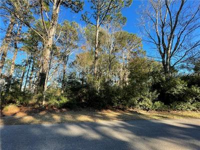 22 MARKET PLACE DR, Hilton Head Island, SC 29928 - Photo 1