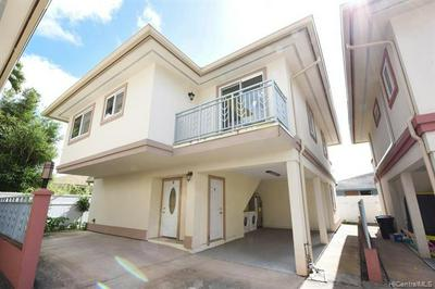 30 KOELE WAY APT B, Wahiawa, HI 96786 - Photo 1
