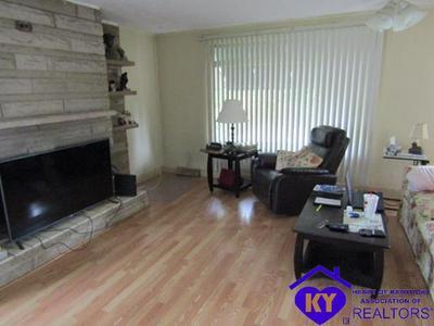 309 CRUME RD, VINE GROVE, KY 40175 - Photo 2