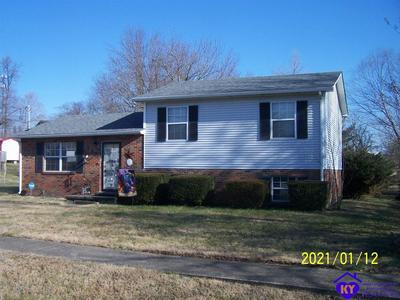 110 WINTERGREEN DR, RADCLIFF, KY 40160 - Photo 1