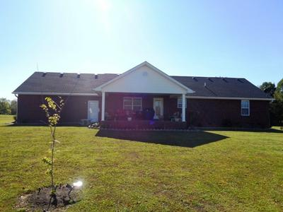 300 BLACKBERRY DR, CAMPBELLSVILLE, KY 42718 - Photo 2