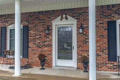 219 HOLLYWOOD DR, BARDSTOWN, KY 40004 - Photo 1