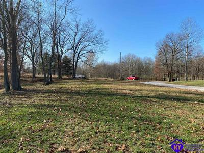 400 RIVER EDGE RD, BRANDENBURG, KY 40108 - Photo 1
