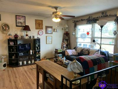108 CREEKSIDE CT, RADCLIFF, KY 40160 - Photo 2