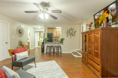 402 W BROWN ST, Llano, TX 78643 - Photo 2