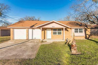 1822 GREENWOOD LN, Kingsland, TX 78639 - Photo 2