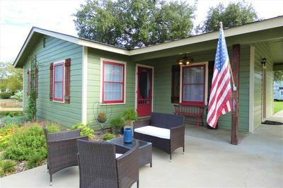 308 W COLLEGE ST, Llano, TX 78643 - Photo 1