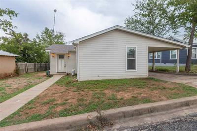 402 W BROWN ST, Llano, TX 78643 - Photo 1