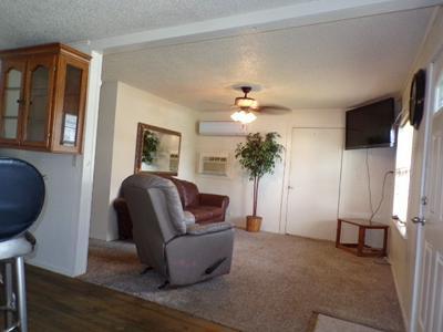 604 E COLLEGE ST, Llano, TX 78643 - Photo 2