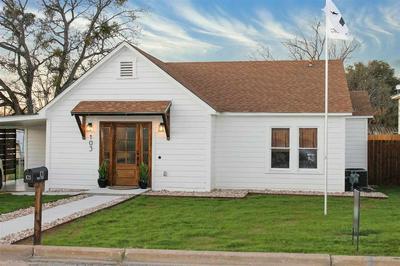103 W OLLIE ST, LLANO, TX 78643 - Photo 1