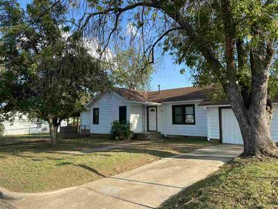 502 E GREEN ST, Llano, TX 78643 - Photo 1