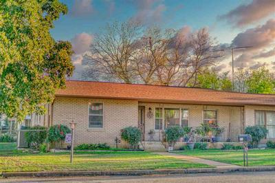 206 E WALLACE ST, LLANO, TX 78643 - Photo 1