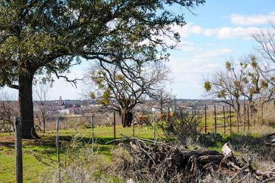 804 E TARRANT ST, LLANO, TX 78643 - Photo 1