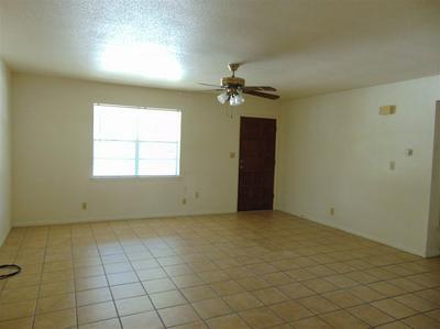608 S PIERCE ST, Burnet, TX 78611 - Photo 2