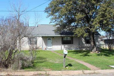605 E COLLEGE ST, LLANO, TX 78643 - Photo 1