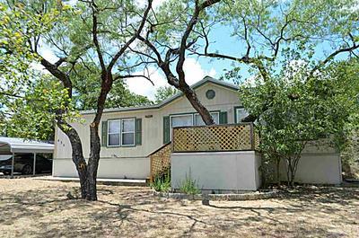 435 HORSESHOE DR, Kingsland, TX 78639 - Photo 1