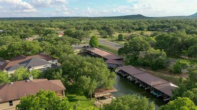 118 BRIDGEPOINT DR, Kingsland, TX 78639 - Photo 2