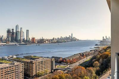 899 BOULEVARD E APT 8G, Weehawken, NJ 07086 - Photo 1