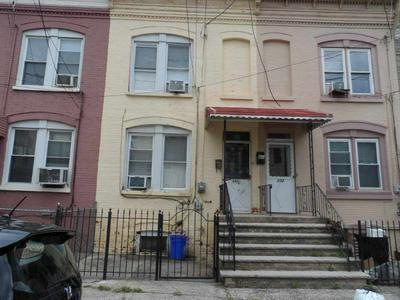 200 PARKER ST, Newark, NJ 07104 - Photo 1