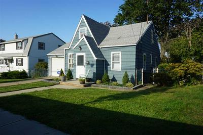 306 MAPLE ST, Secaucus, NJ 07094 - Photo 2