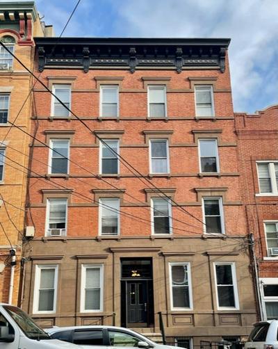 913 WILLOW AVE APT 2B, Hoboken, NJ 07030 - Photo 1