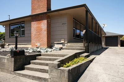 2521 RENFREW ST, Eureka, CA 95501 - Photo 1
