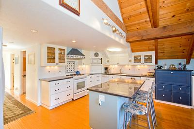 15 SPRING RD, Shelter Cove, CA 95589 - Photo 1