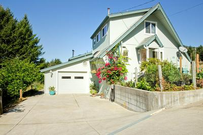 15 SPRING RD, Shelter Cove, CA 95589 - Photo 2