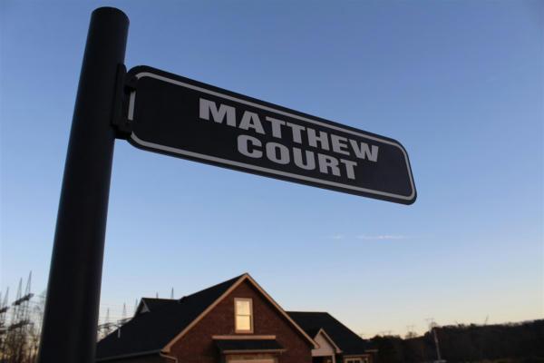 5 MATTHEW CT, Culloden, WV 25510 - Photo 2