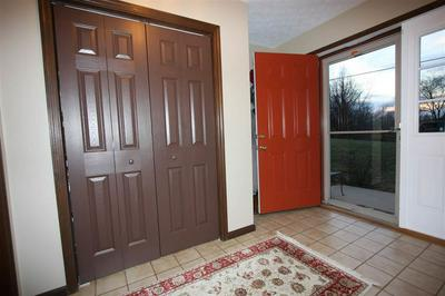 110 BERRY LN, Barboursville, WV 25504 - Photo 2