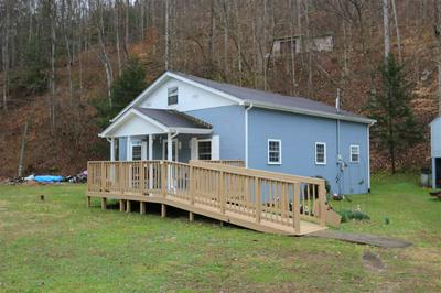 401 10 MILE RD, Branchland, WV 25506 - Photo 2