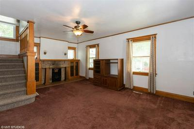 210 N 2ND AVE, Washington, IA 52353 - Photo 2