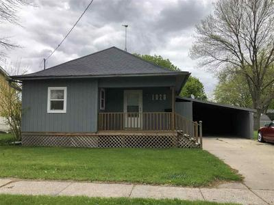 1020 N 6TH AVE, Washington, IA 52353 - Photo 1