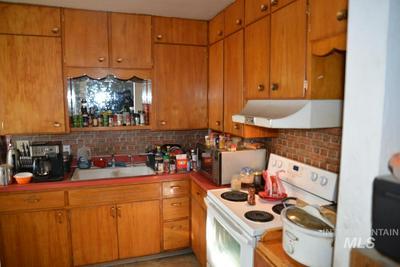 704 12TH ST, Clarkston, WA 99403 - Photo 2