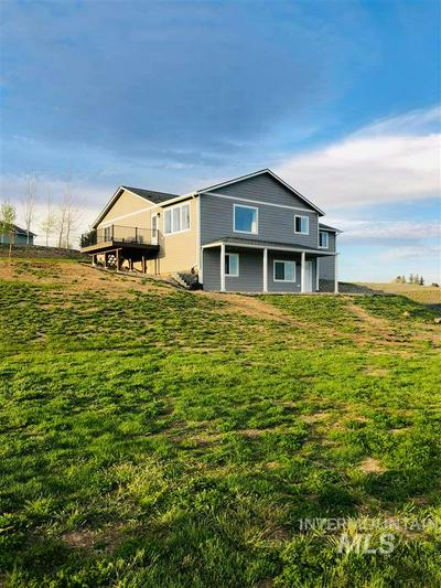 308 WELLE DR, Uniontown, WA 99179 - Photo 1