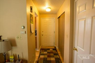 883 NW 4TH AVE, Ontario, OR 97914 - Photo 2