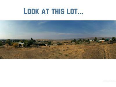 2241 2ND AVE, Clarkston, WA 99403 - Photo 1