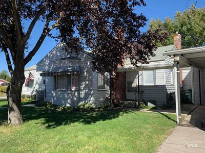 918 ELM ST, Clarkston, WA 99403 - Photo 2