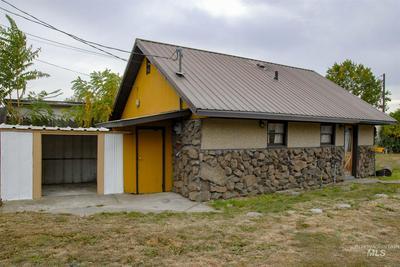 439 9TH ST, Clarkston, WA 99403 - Photo 2